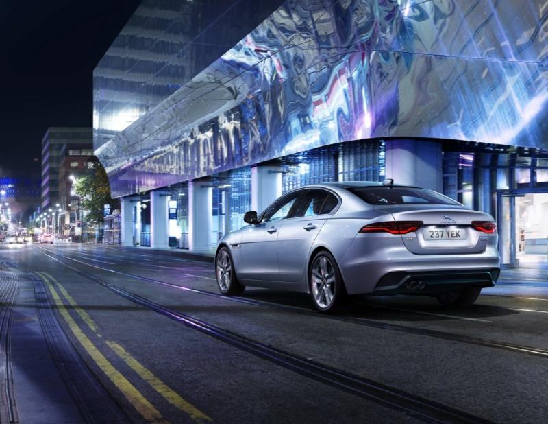 2019 - [Jaguar] XE restylée  505bd410