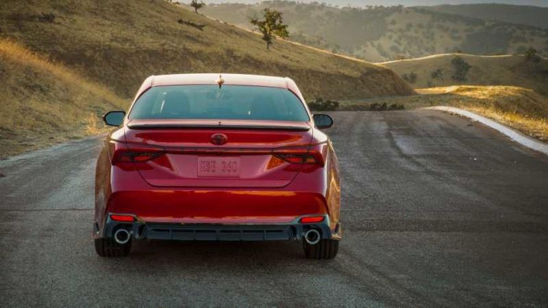 2018 - [Toyota] Avalon 50c3d010