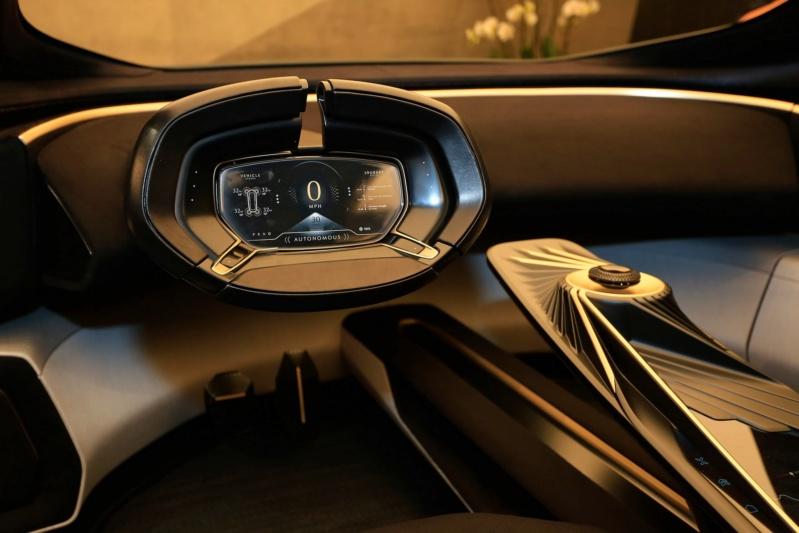2018 - [Aston Martin] Lagonda Vision Concept  - Page 2 54824b10