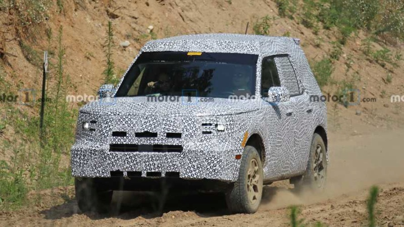 2020 - [Ford] Bronco Sport 5565e110