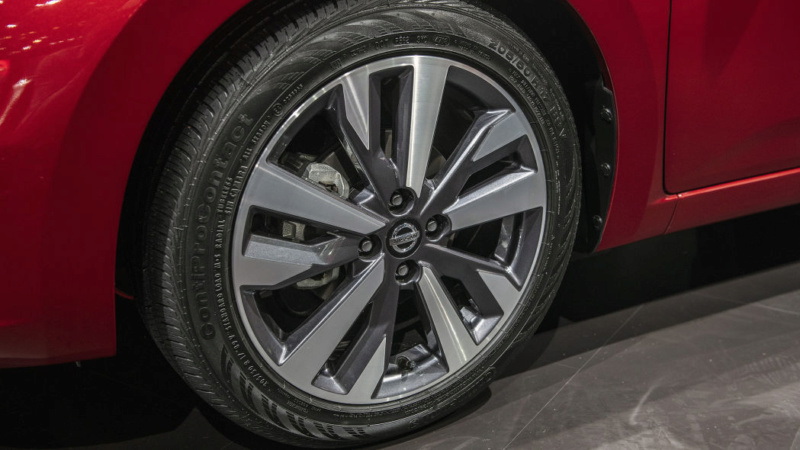 2020 - [Nissan] Versa 572aaf10