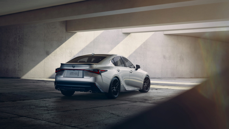Lexus IS (2020) 53