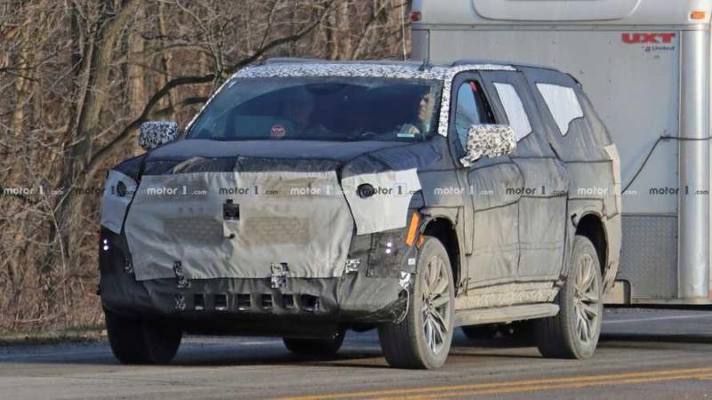 202 - [Cadillac] Escalade V 5e6a3510