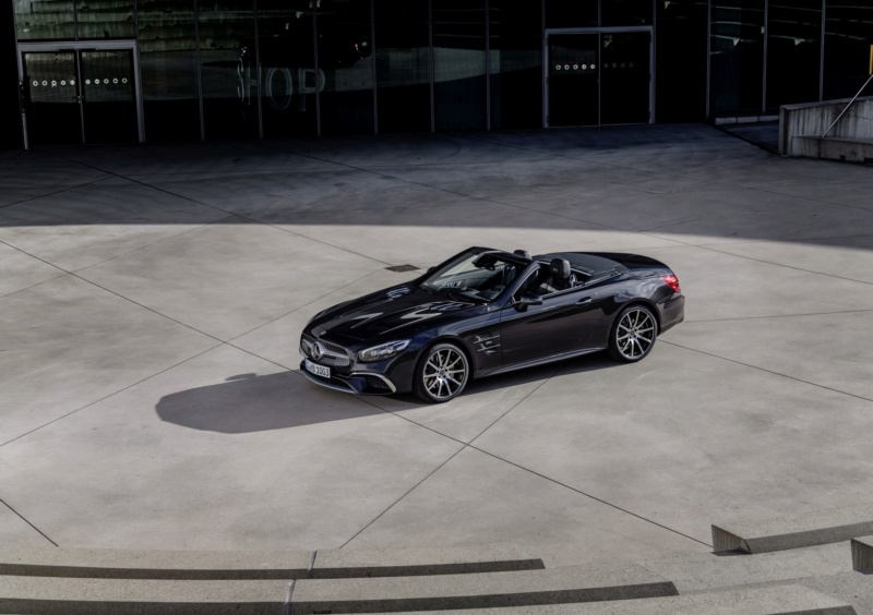 2015 - [Mercedes] SL Restylé [R231] - Page 4 5ffe3e10