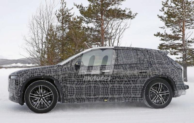 2021 - [BMW] iNext SUV 610