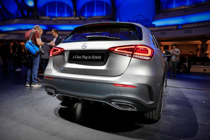 2018 - [Mercedes] Classe A (W177) - Page 34 61f19e10