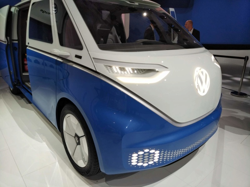2017 - [Volkswagen] Electric VW Microbus concept - Page 2 632adb10
