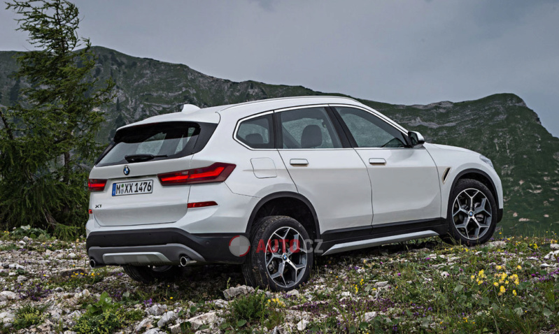 2021 - [BMW] X1 III 64045111