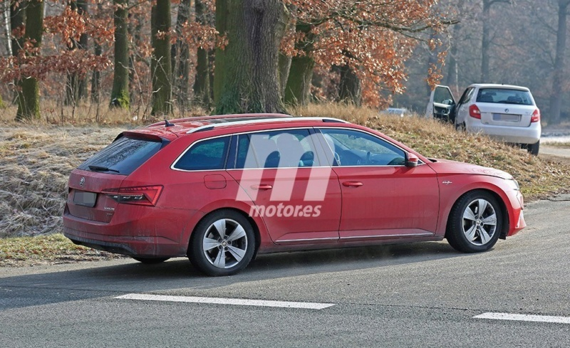 2018 - [Skoda] Superb restylée  - Page 2 6420fb10