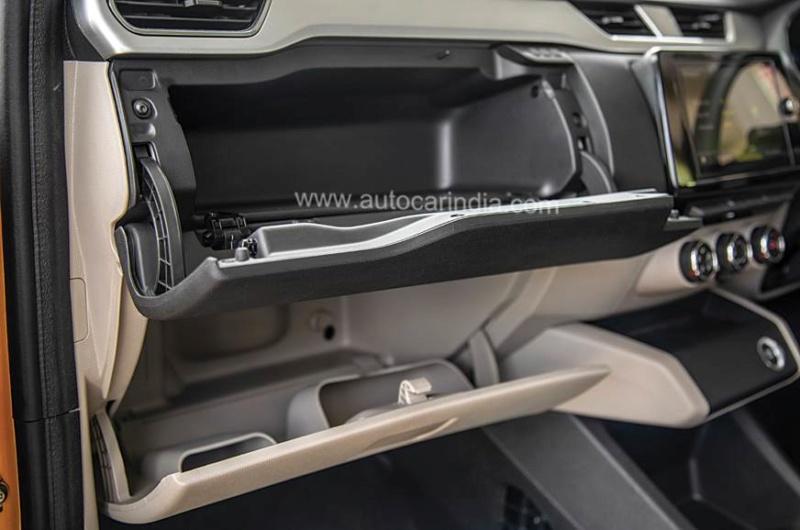 2019 - [Renault] MPV Triber [Inde] - Page 5 65b98310