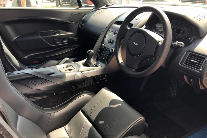 2011 - [Aston Martin] Vantage restylée - Page 4 66b08710