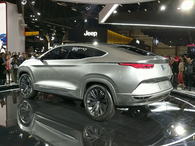 2018 - [Fiat] Fastback Concept (Sao Paulo) 6af54a10