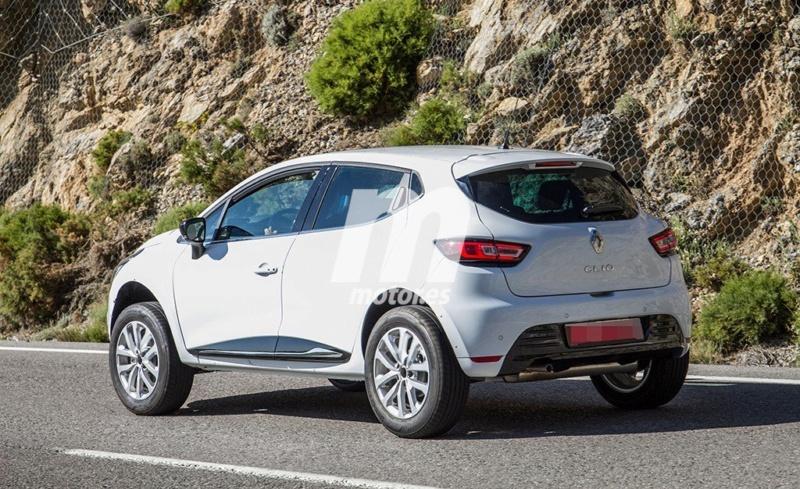 2016 - [Renault] Captur Coupé - Page 9 6ccd4410