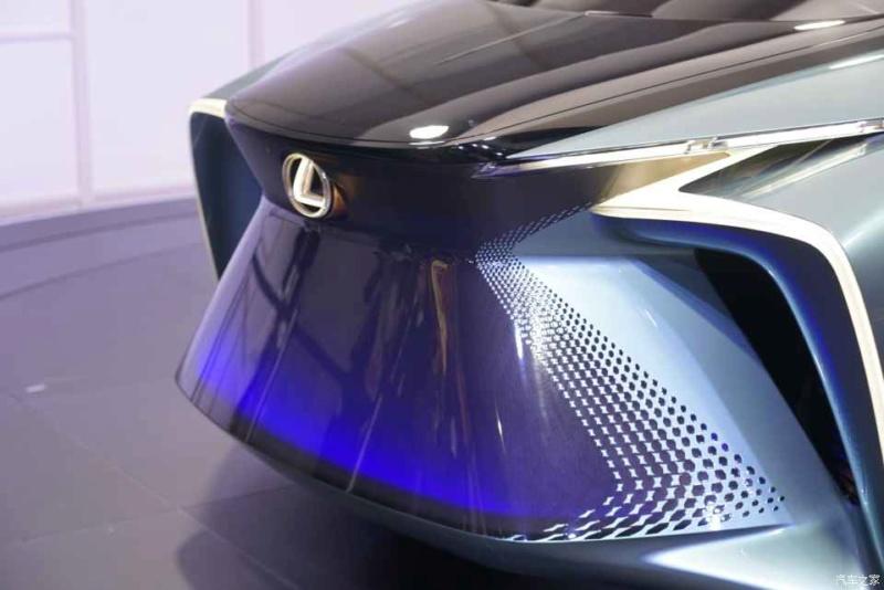 2019 - [Lexus] LF-30 Electrified Concept 6d211b10