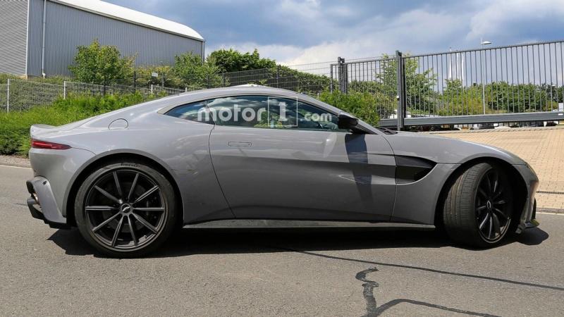 2017 - [Aston Martin] Vantage - Page 3 6d25ef10