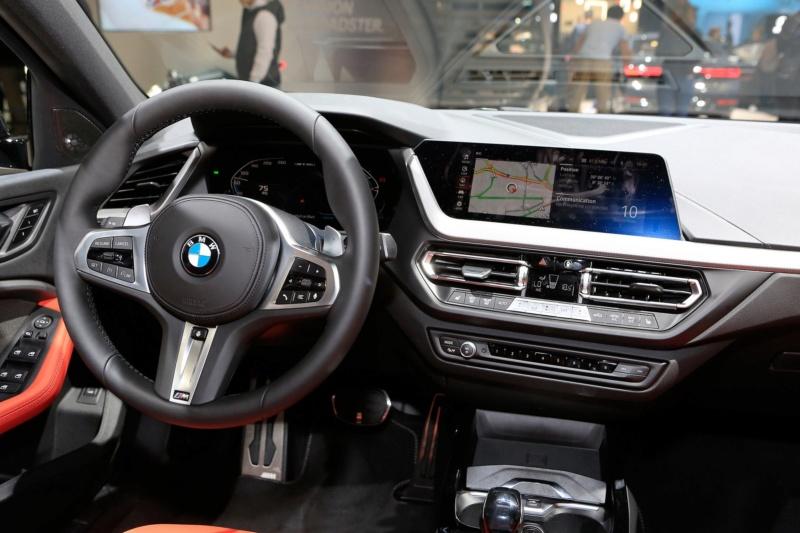 2018 - [BMW] Série 1 III [F40-F41] - Page 27 6d5b4c10
