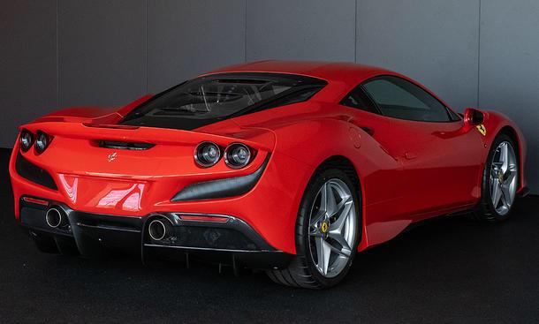 2019 - [Ferrari] F8 Tributo 6e347110