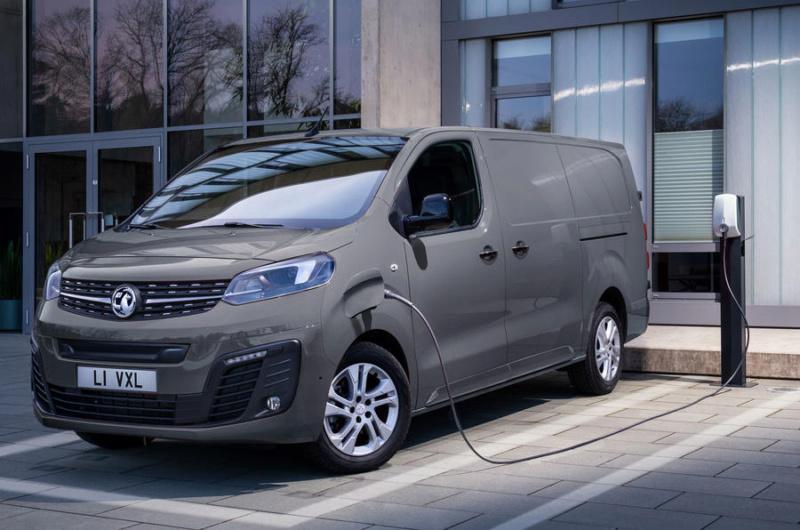 2016 - [Citroën/Peugeot/Toyota] SpaceTourer/Traveller/ProAce - Page 38 6ed12b10
