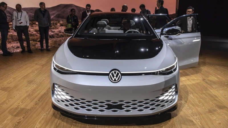 2019 - [Volkswagen] ID Space Vizzion - Page 2 71b50510