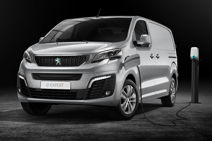 2016 - [Citroën/Peugeot/Toyota] SpaceTourer/Traveller/ProAce - Page 39 7253b110