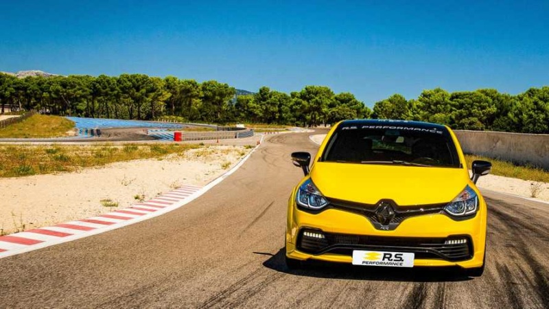 2016 - [Renault] Clio IV restylée - Page 10 74c9b410