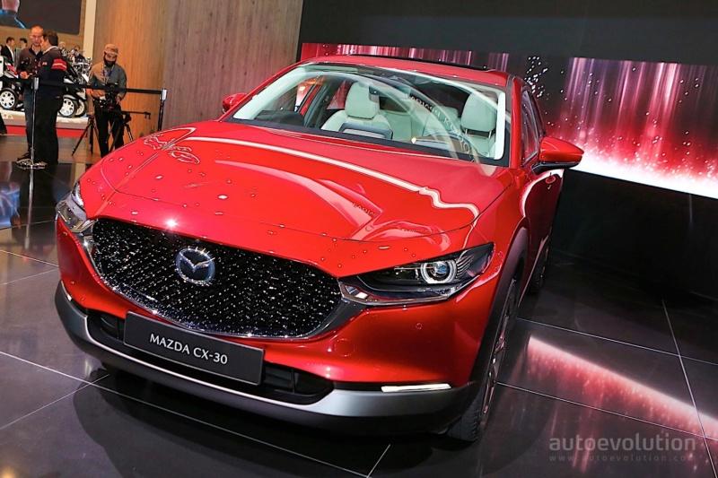 2019 - [Mazda] CX-30 76146010
