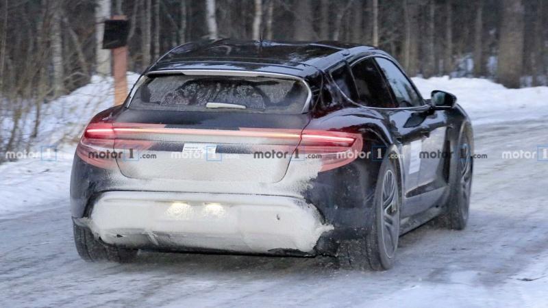2020 - [Porsche] Taycan Sport Turismo 7834b710