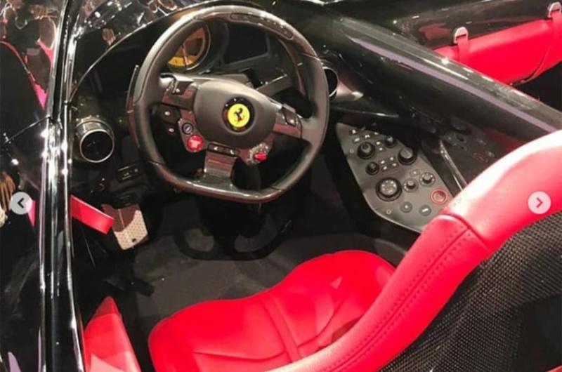 [Ferrari] Modèles uniques / One Off - MàJ : F12 TRS - Page 6 79b4d810