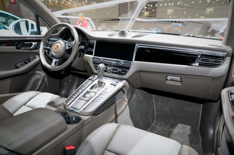 2018 - [Porsche] Macan Restylée [95B] - Page 4 79e1ee10