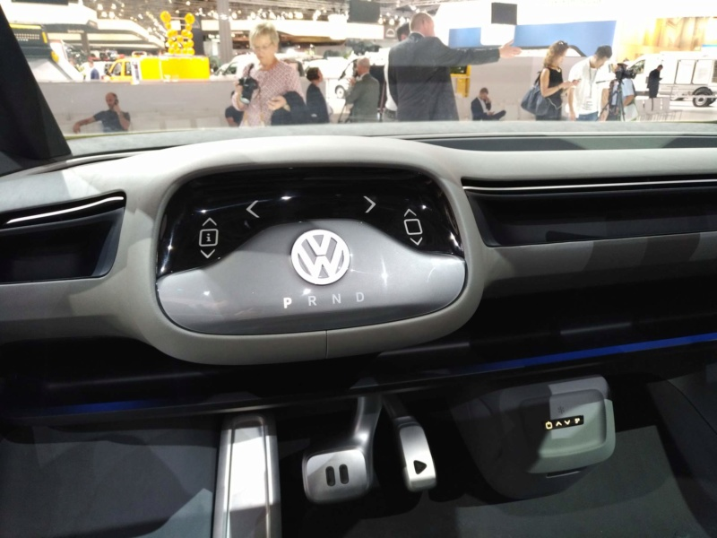 2017 - [Volkswagen] Electric VW Microbus concept - Page 2 7af5d110