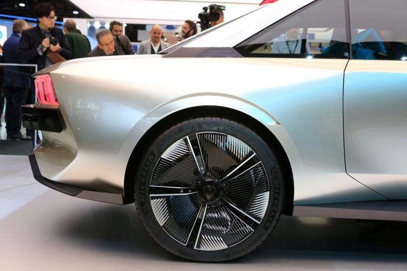 2018 - [Peugeot] e-Legend Concept - Page 14 7be81010