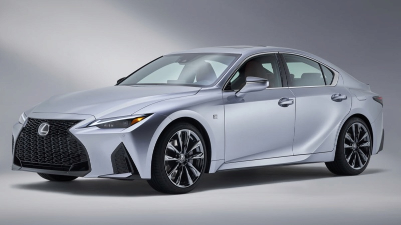 Lexus IS (2020) 28