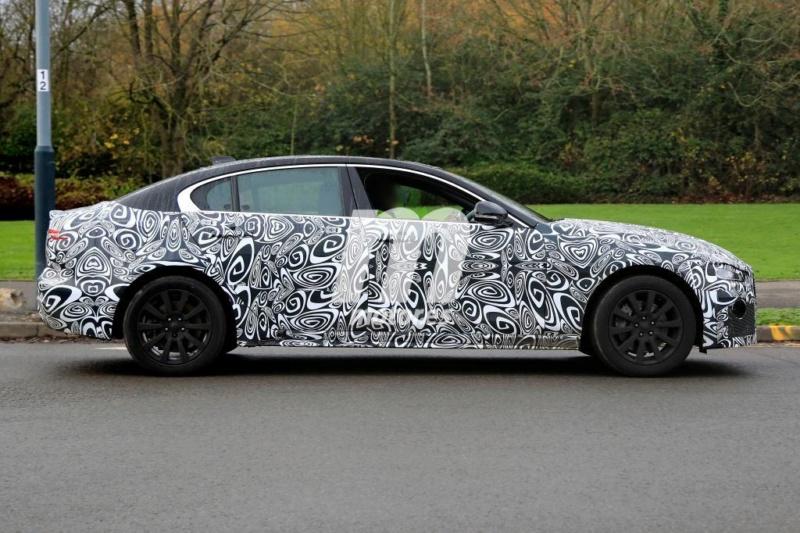 2019 - [Jaguar] XE restylée  7c96f710