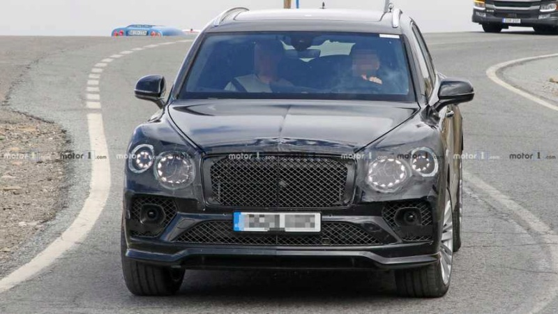 2015 - [Bentley] Bentayga - Page 12 7e282a10
