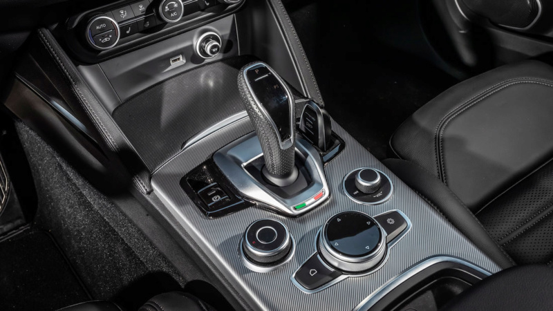 2017 - [Alfa Romeo] Stelvio [Tipo 949] - Page 34 7f9da910