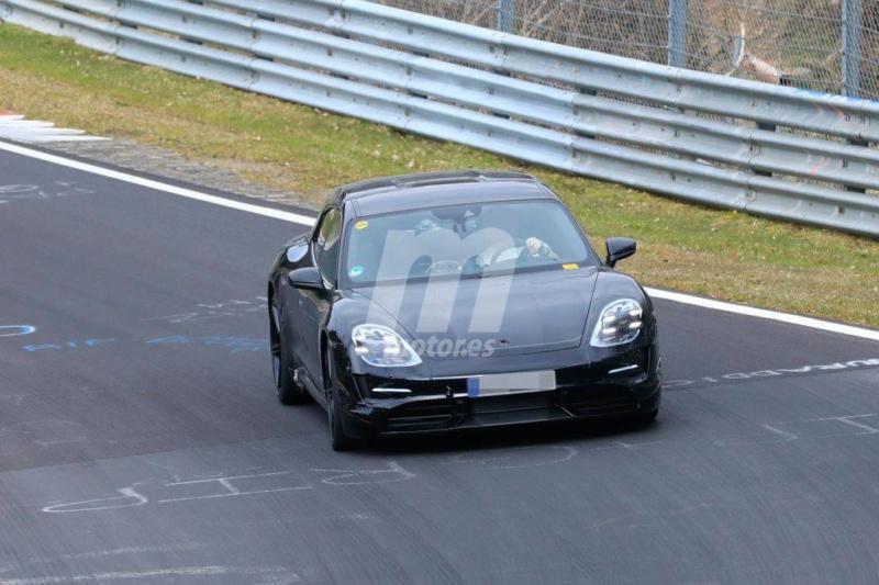 2020 - [Porsche] Taycan Sport Turismo 80c20210