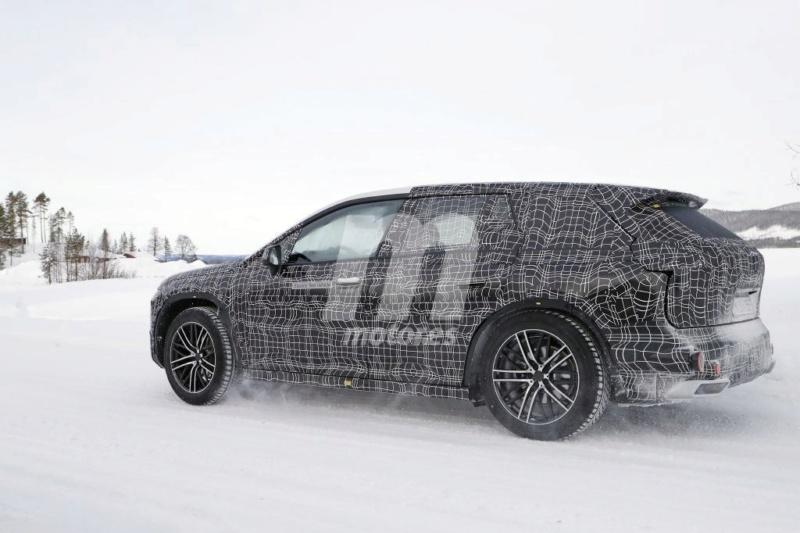 2021 - [BMW] iNext SUV 810