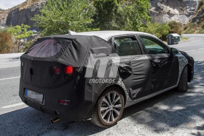 2020 - [Hyundai] I30 III 5p/SW/Fastback Facelift 815d0810