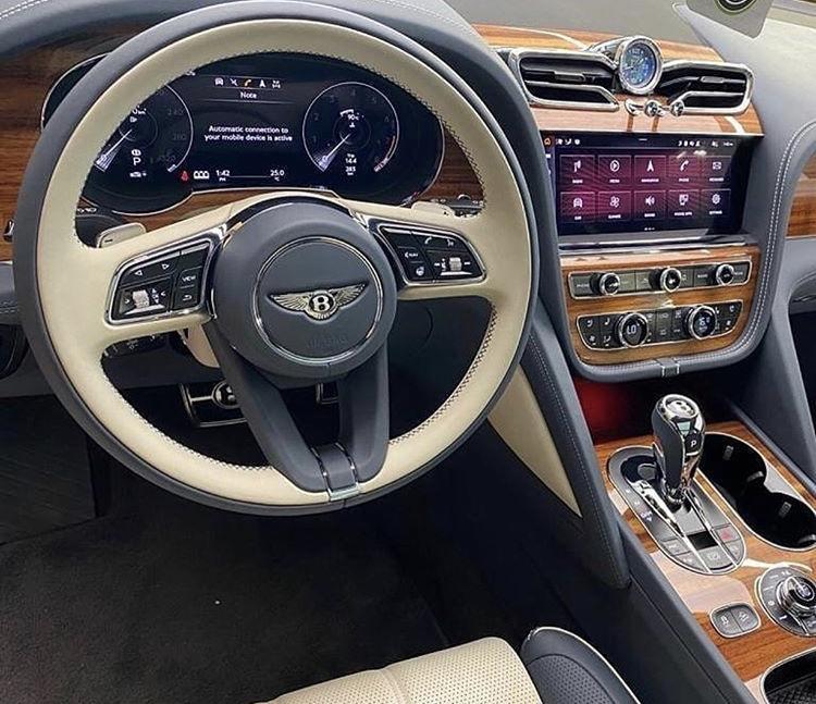 2015 - [Bentley] Bentayga - Page 15 82370c10