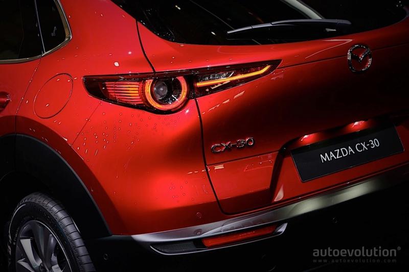 2019 - [Mazda] CX-30 8274ba10