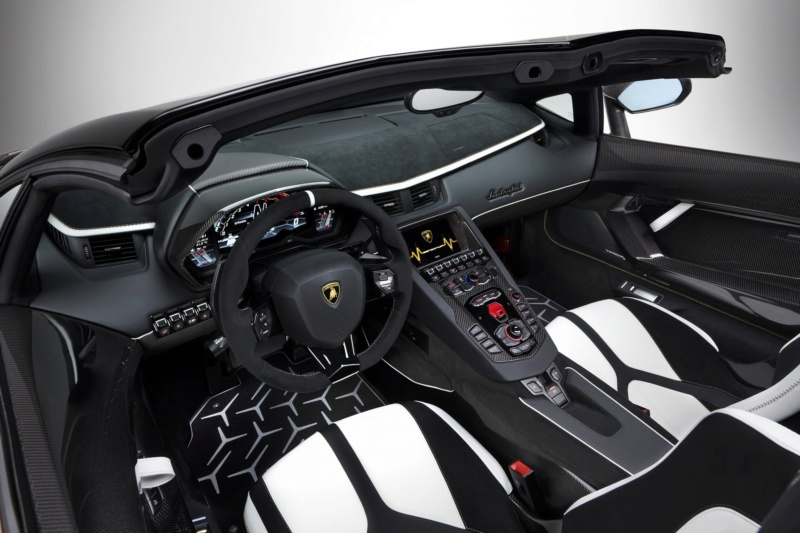 2011 - [Lamborghini] Aventador LP700-4 - Page 27 85a68610