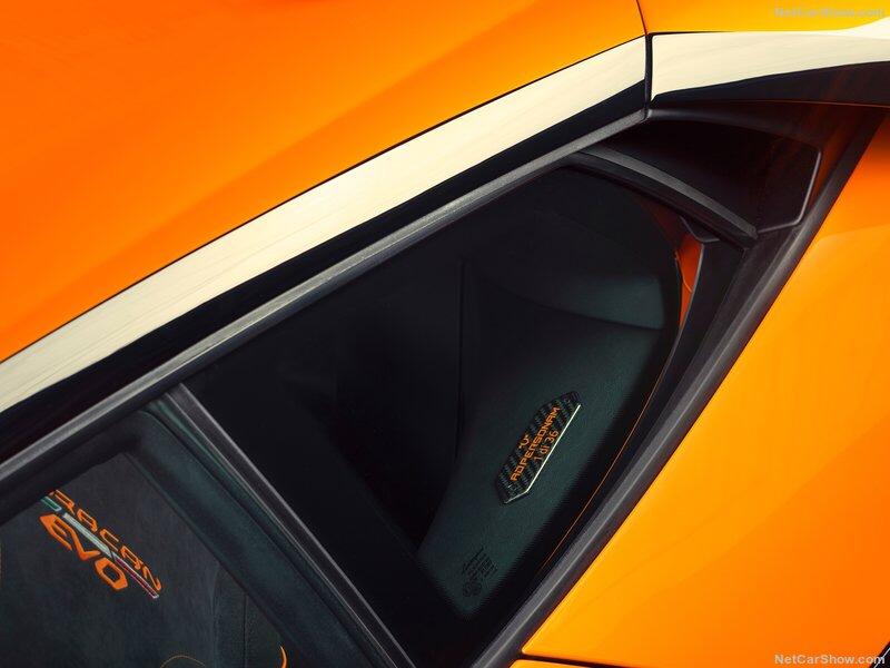 2013 - [Lamborghini] Huracán LP610-4  - Page 13 85b80f10