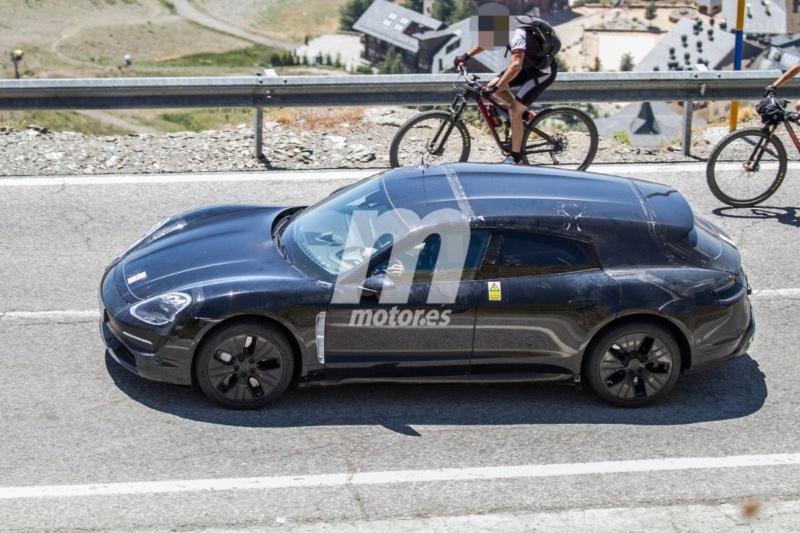 2020 - [Porsche] Taycan Sport Turismo 85e2a610