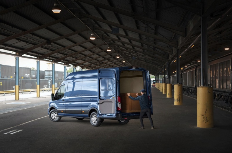 2017 - [Ford] Tourneo/Transit restylé - Page 3 88041d10