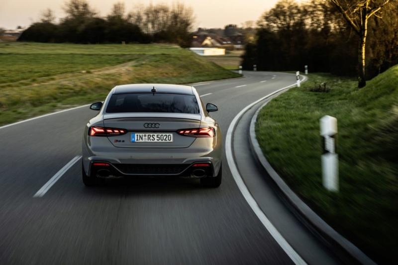 2020 - [Audi] A5 Coupé/Cab/SB restylée 882bf010