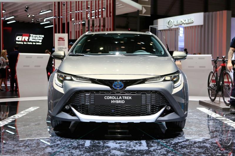 2018 - [Toyota] Corolla 2018 - Page 9 8daee110