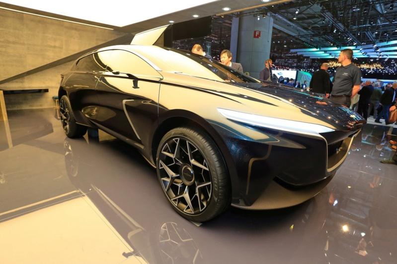 2018 - [Aston Martin] Lagonda Vision Concept  - Page 2 8ddaab10
