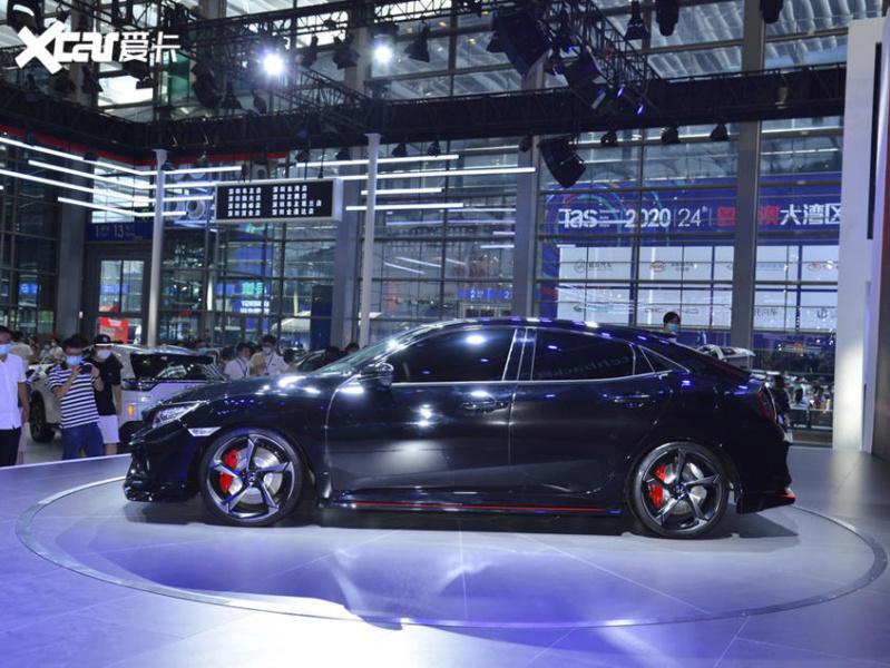 2017 - [Honda] Civic Hatchback [X] - Page 11 8eb36b10