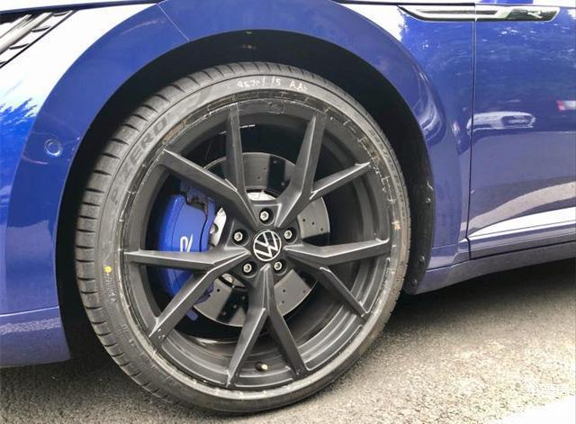 2019 - [Volkswagen] Arteon Shooting Brake - Page 5 90ff1d10