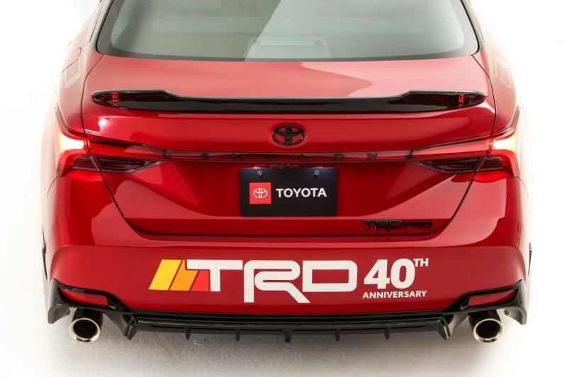 2018 - [Toyota] Avalon 92922010
